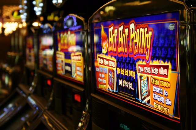 Игровые автоматы Вулкан Делюкс с мгновенными выплатами