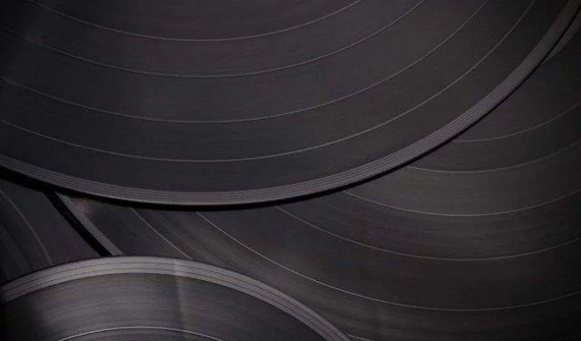 После 30-летнего перерыва Sony возобновила производство виниловых пластинок