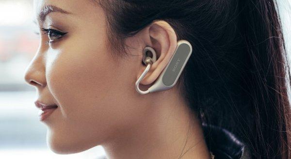 Sony презентовала в России полностью беспроводную гарнитуру Xperia Ear Duo