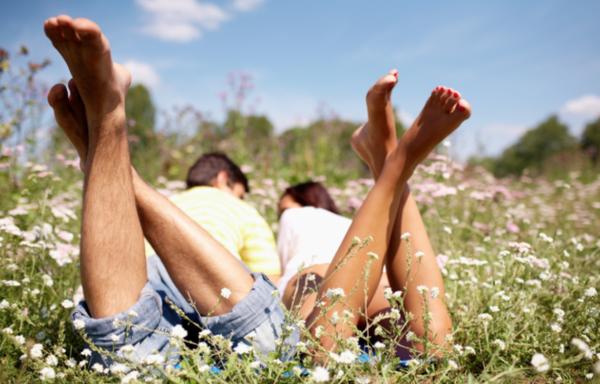 Ученые: Женщин привлекают мужчины с длинными ногами