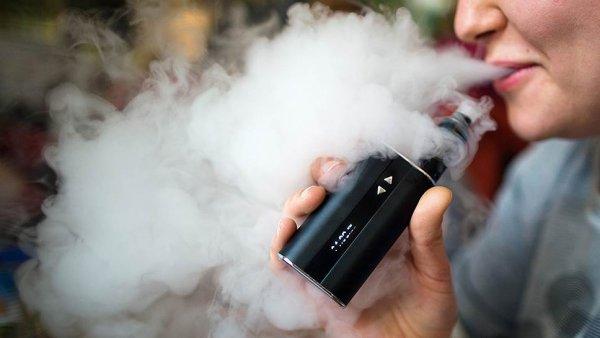 Ученые рассказали о последствиях курения электронной сигареты