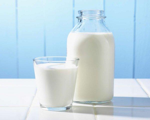 Ученые: Пол-литра молока в день спасут от ожирения и диабета