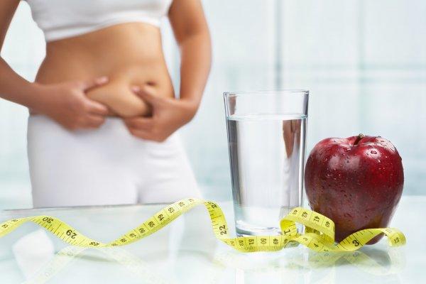 Специалисты назвали утренние привычки, мешающие похудеть