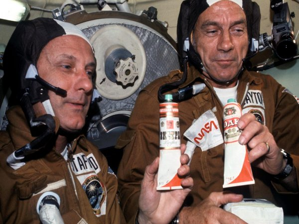 На МКС наварят пельменей и приготовят борщ