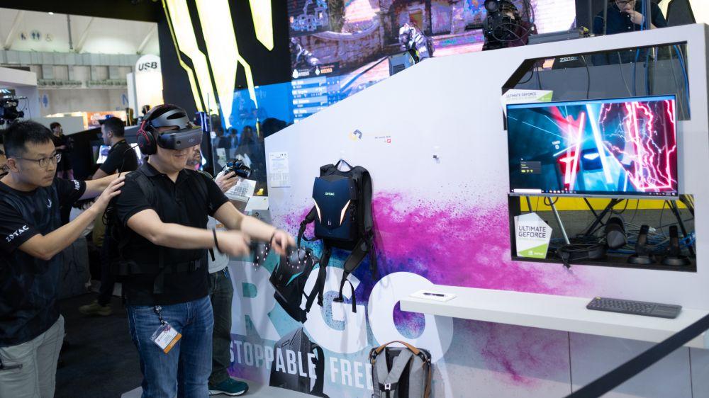 Zotac представила новый переносной компьютер-рюкзак для игры в VR-проекты