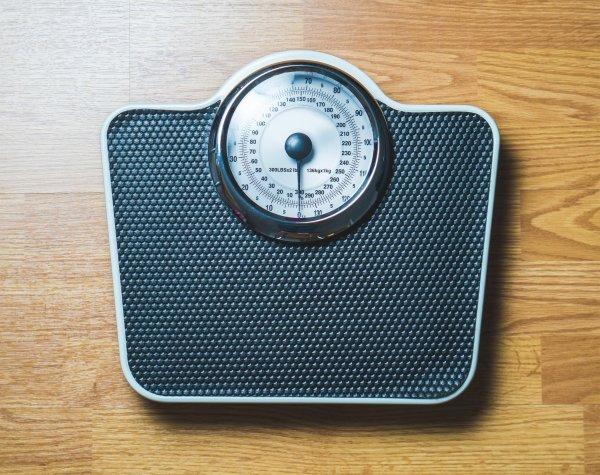 Ученые: Похудение делает кости человека хрупкими