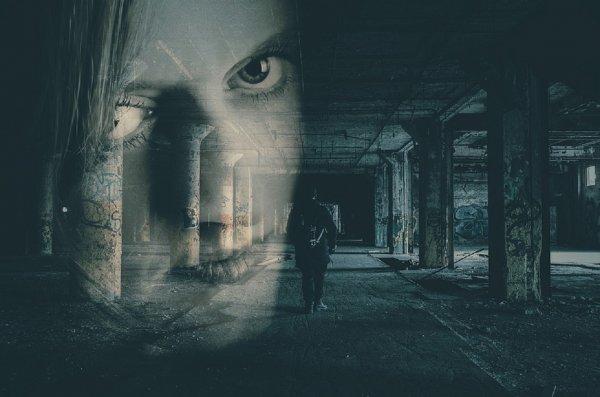 Психолог объяснила, почему случаются ночные паранормальные явления