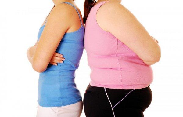 Ученые связали ожирение с антипригарной посудой и зубной пастой