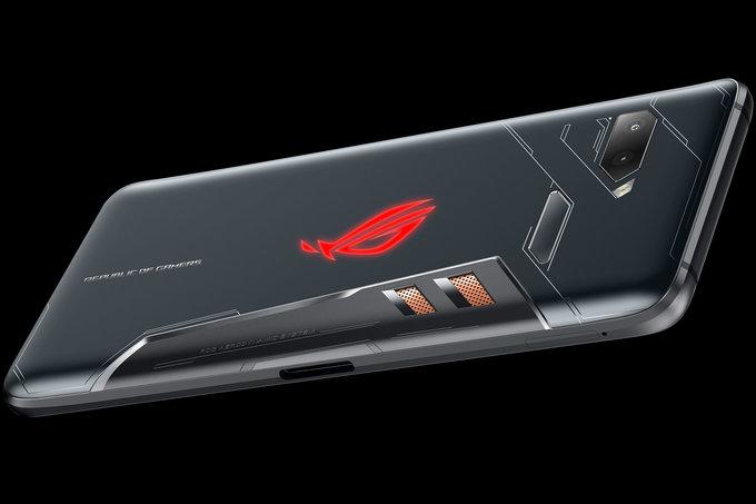 ASUS хотела выпустить смартфон с 10 Гб оперативки