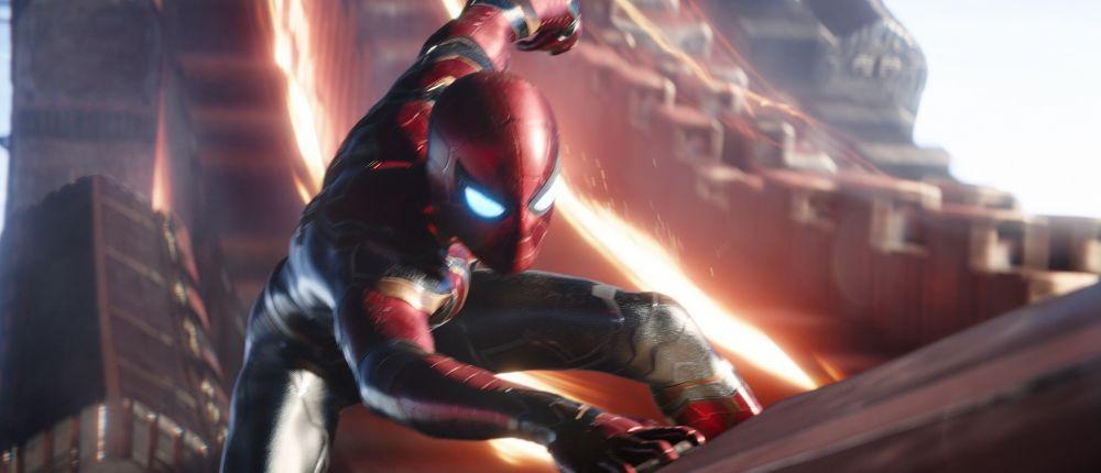 Зритель, посмотревший «Мстителей: Войну бесконечности» 45 раз, получил бесплатную проходку на премьеру «Мстителей 4»