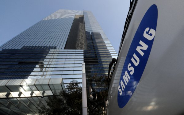 Samsung выпускает карту памяти с рекордным объемом