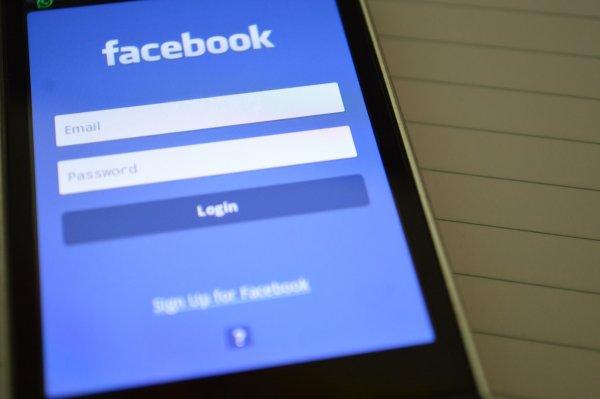 После скандала с утечкой данных Facebook заблокировала более 400 приложений