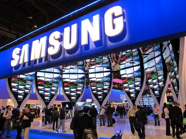 Samsung меняет старые смартфоны на новые со скидкой