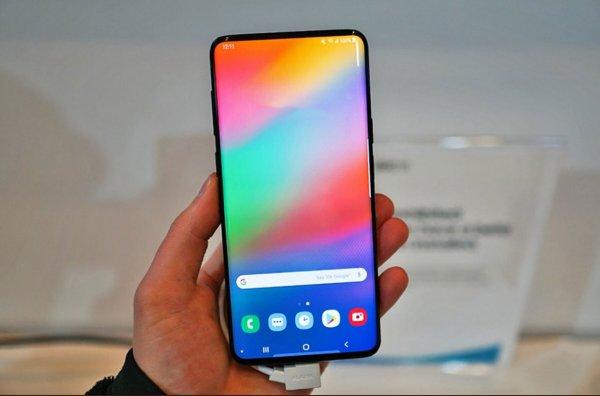 Названы характеристики и стоимость смартфонов Samsung Galaxy S10 Lite