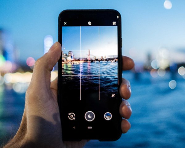 Обновлённая камера Google Pixel 3 сделает качественными «ночные» снимки
