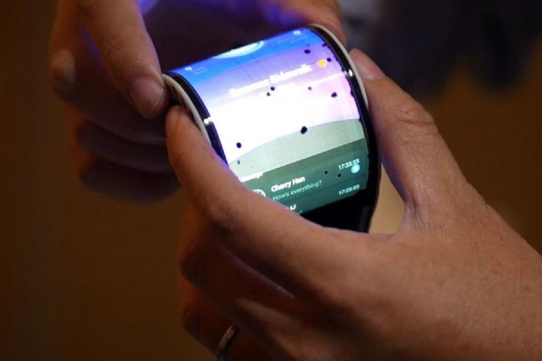 Складной телефон Oppo презентуют на MWC 2019