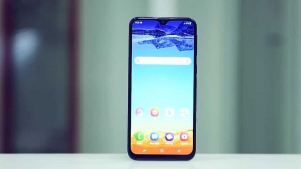 Эксперты назвали альтернативу новому смартфону Samsung Galaxy M20