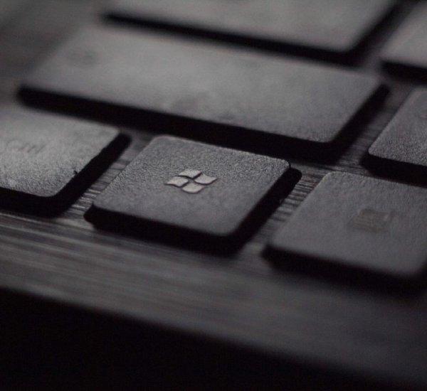 Вершина айсберга: Microsoft Bing заблокировал 5 млн криптовалютных объявлений