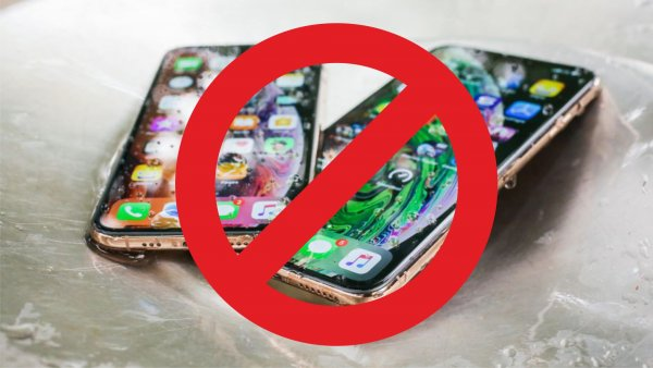 Минус 100 тыс. рублей за минуту: Водонепроницаемый iPhone XS Max сломался после контакта с водой